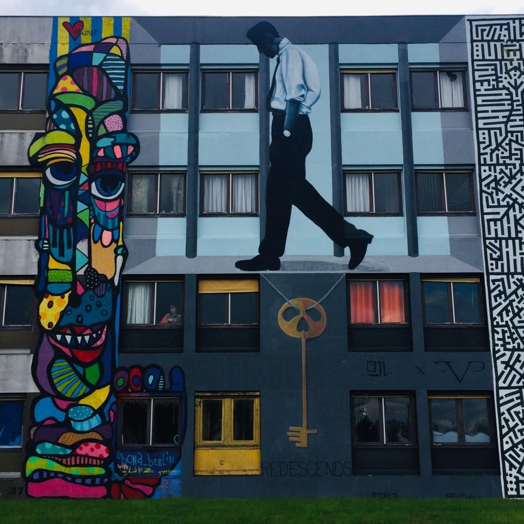 fresque murale réalisée par le Street Artiste OJI