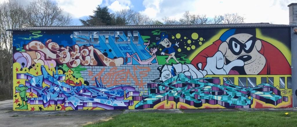 Magnifique fresque murale réalisée par SOTEN à STreet Art City