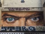 Graffitis et street art lyon par bigbenstreetart et stero - regard de David Bowie