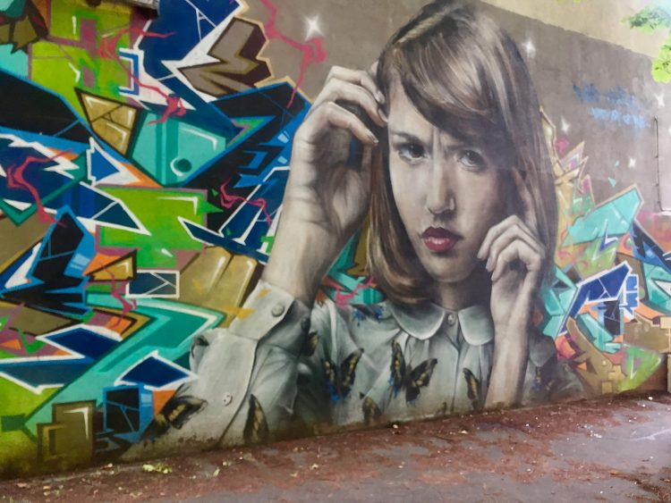 Oeuvre Street Art; collaboration des artistes TAKT & Mantra à Vitry-sur-seine
