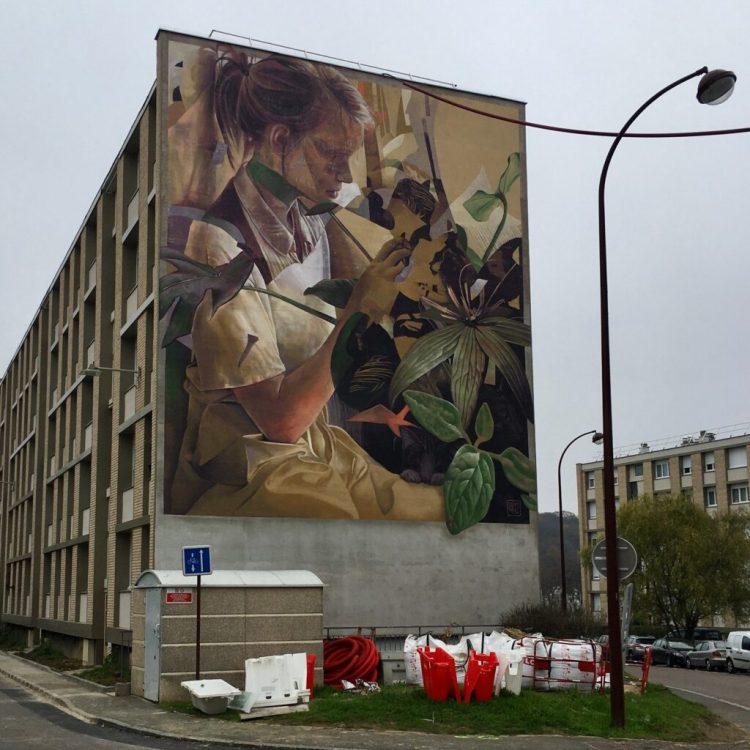 Fresque Murale Martine dans la forêt réalisée par les artistes Telmo Miel pour Quai 36 à Versailles