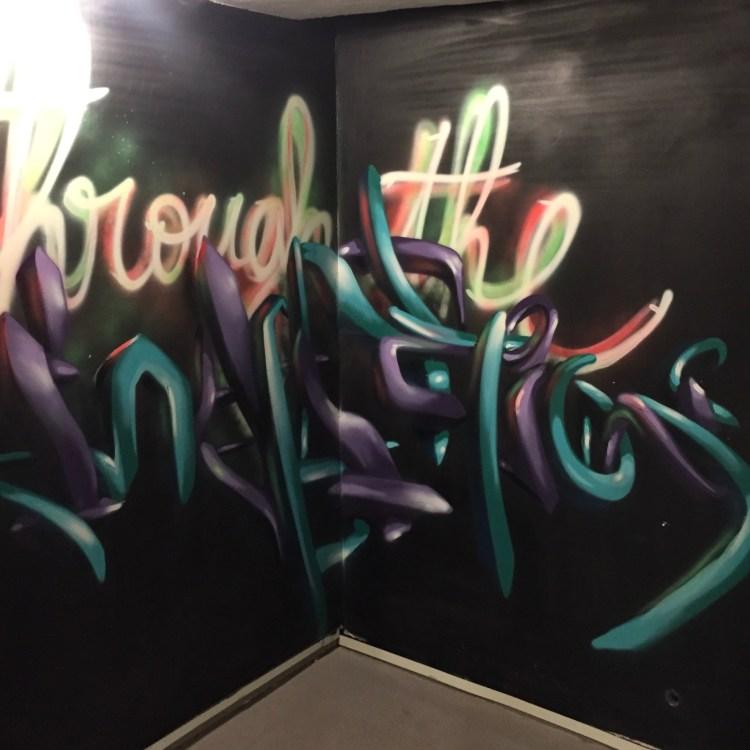 Graffitis lettres en 3D par le street artist Djalouz