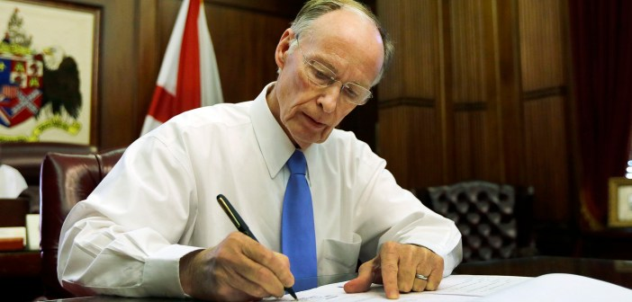 Gov Robert Bentley bill signing