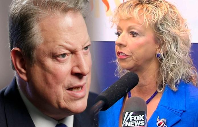 Al Gore and Debbie Dooley