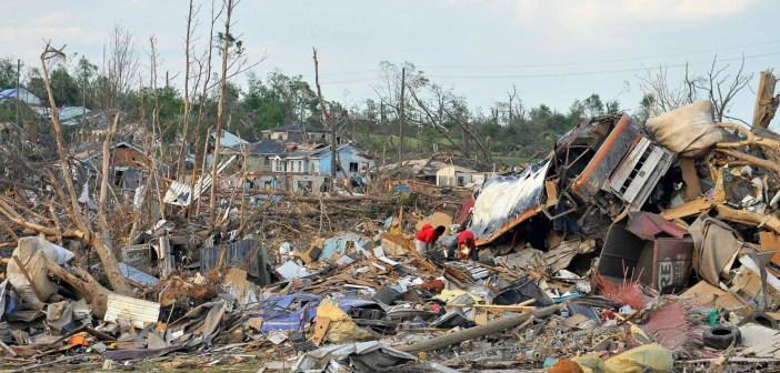 27 April 2011 tornado destruction in Alberta City