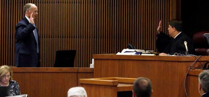 Robert Bentley testifies in Mike Hubbard trial