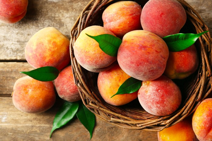 fruit_basket of peaches
