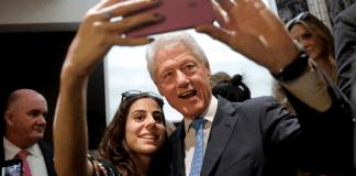 bill-clinton-selfie