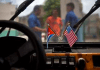 cuba-america-flags-in-car