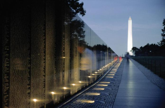 vietnam-vetarans-memorial-in-dc