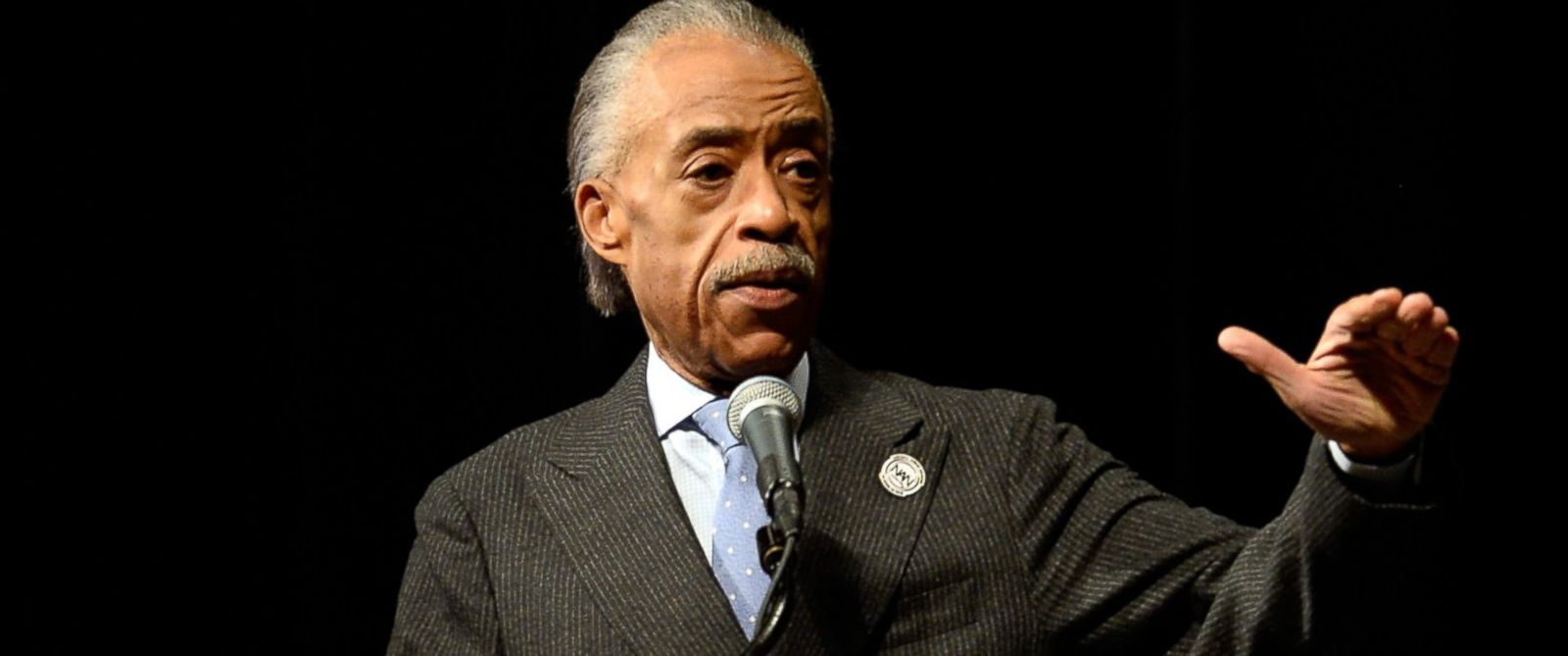waffle house mobile al with 23293 Sharpton Holds Town Hall On Black Womans Restaurant Arrest on Day 12 Spanish Fort Al together with Fuse Box Diagram For 54 Plate Astra Diesel in addition Folding Dog House further Out On Limb In Lebanon further Cimentaciones Superficiales.
