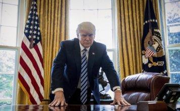 Donald Trump Oval Office