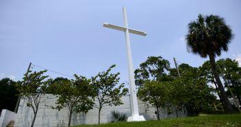Pensacola cross