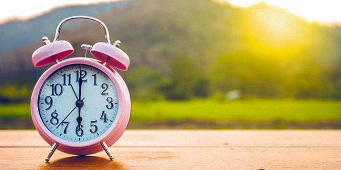 clock_daylight savings time