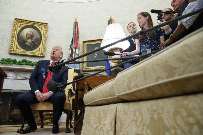 Donald Trump howl