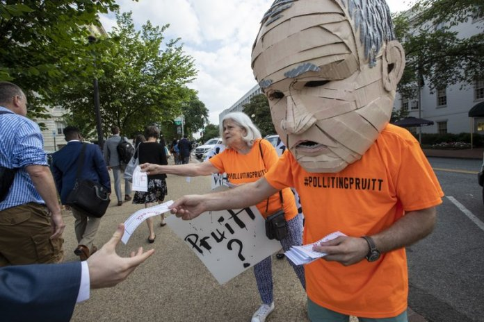 EPA / Activists / Scott Pruitt
