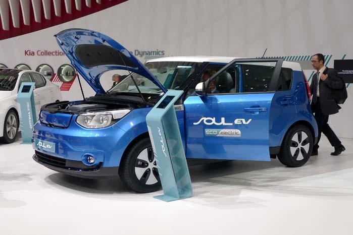 Kort før præsentationen af Soul EV-konceptet i Genéve besluttede Kia at sætte bilen i serieproduktion.