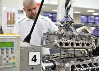 Bentley laver en 12'er til eksport