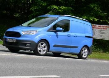 Ford  Transit Courier løb med den samlede titel som Van of the Year hos What Van