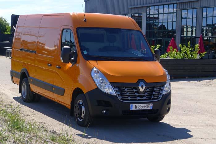 Renault Master skal i den tunge ende forsøge at hale ind på Sprinter og Transit 2-ton