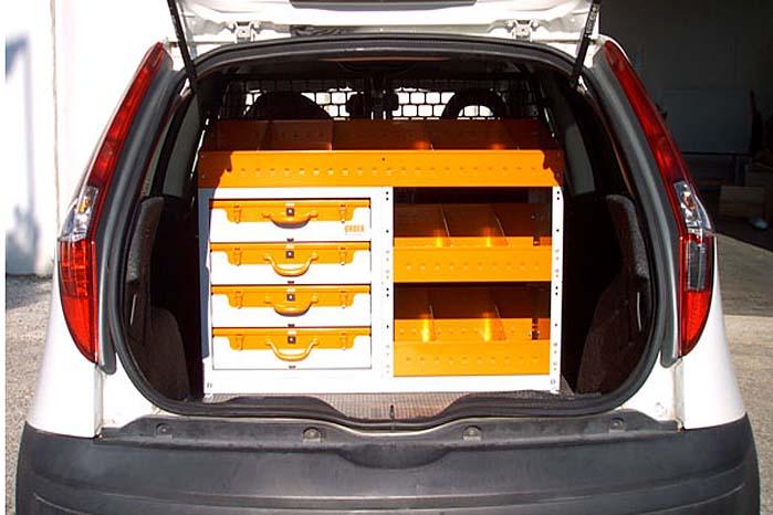 Order Systems er udviklet til at dække behov for orden i både små og store varebiler, permanent eller midlertidigt.