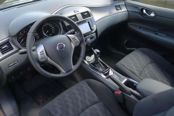 Som varebil kan Pulsar blive et interessant alternativ til biler som f.eks. VW Golf, Toyota Auris og Ford Focus - ikke mindst på grund af kabineindretningen og udstyrsniveauet.