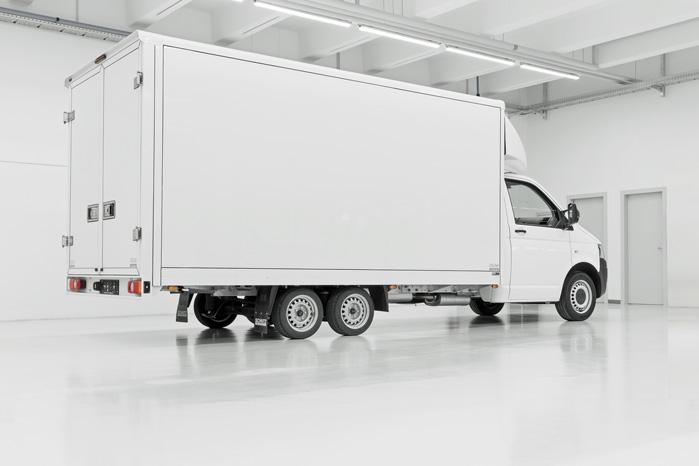 Fuldt udbygget med et udhæng på 2,5 meter, en indvendig bredde på 2,35 meter er der mulighed for en lastevolumen på op til 35 kubikmeter