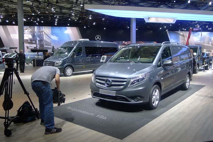 Den nye Vito fik en fremtrædende præsentation ved IAA-messen i Hannover - både på gulvet og podiet.