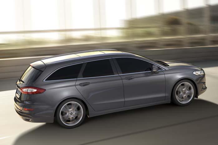 Vil man have sin Mondeo Van med panoramatag, kan man også få dét.
