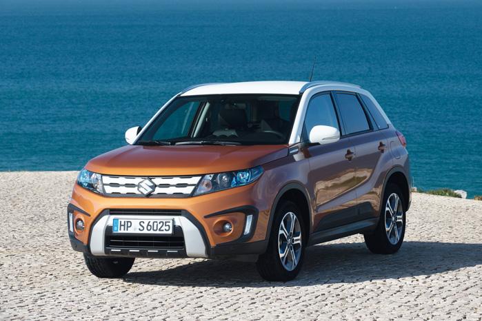 Mini Range Rover. Vitara vil - og skal - skille sig ud som en ægte lille SUV, hvis den ikke skal træde lillesøster S-Cross, som den deler platform og teknik med, over tæerne