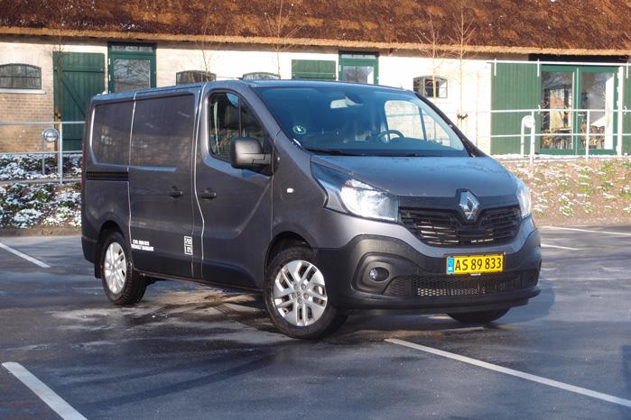 Renault Trafic nærmer sig Transit Custom-egenskaber og er med til at gøre den mellemste varebil-klasse til en rigtigt fin arbejdsplads