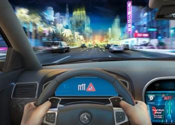 Når oplysninger om trafikken på din rute sendes direkte til bilen, slipper du for at sidde og fedte med dem på din telefon. Men de bliver også sendt en mobil-app, så du får dem, før du starter