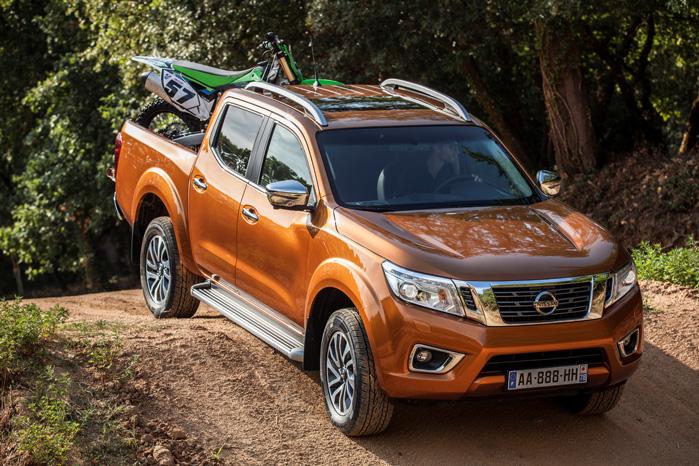 Alle tre pickups deler Nissans fundamentale platform og firehjulstræk, hvilket borger for fremkommeligheden