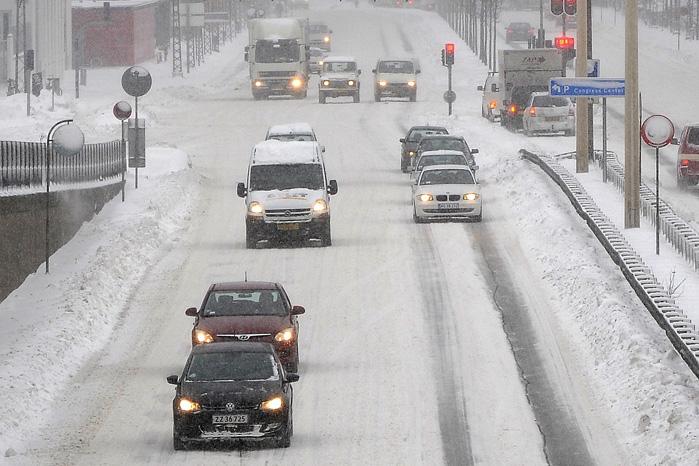 40 procent af alle varebiler kører rundt på sommerdæk hele året