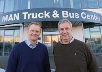Ny varebilschef hos MAN i Danmark, Nicolai Sperling (tv.) og kommunikationschef Claus Lindholm er godt i gang med at forberede organisationen på MAN TGE