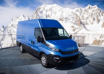 Rent og fint. Iveco Daily blev med sine fine motorer præsenteret på toppen af en alpe - hvor der ikke er nogen veje