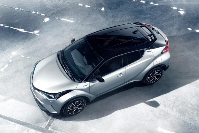 Sådan har vi aldrig set en Toyota før. Og var det ikke for frontens særegne design, kunne man godt tro, det var en fejl