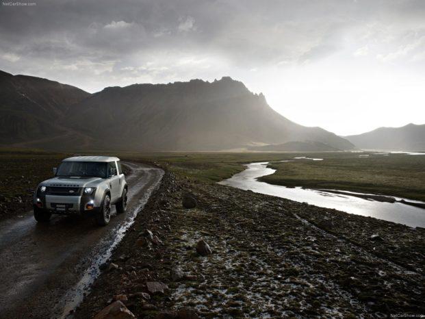 Den originale Defender kommer ikke til at blive produceret i et østland. Det garanterer Land Rover. Så der er ikke andet at gøre end at vente på deres nye model, som lander i 2019. Her ses DC100-konceptet fra 2011.