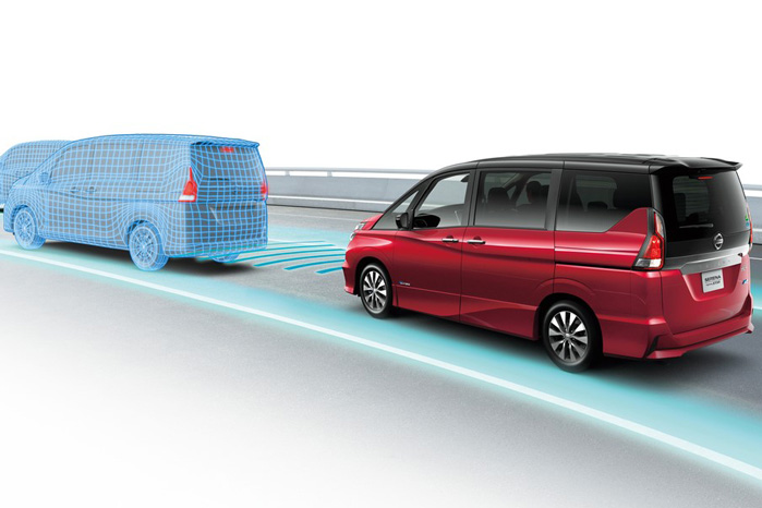 Nissan ProPilot introduceres først i japan i MPV'en Serena. Til næste år kommer det til Europa og senere USA og Kina