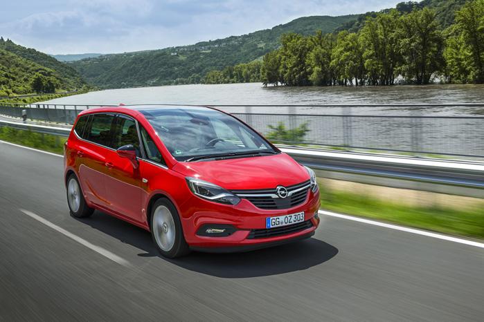 Pålideligheden selv. Opel Zafira er den samme tryghedsindgydende MPV, den altid har været. Nu bare med mere lir