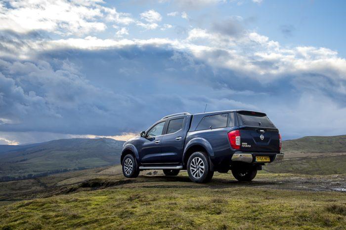 Motoren i Nissan Navara er nu Euro 6-godkendt. Det er godt for naturen og for pengepungen - den nye udgave går 0,5 km/l længere.