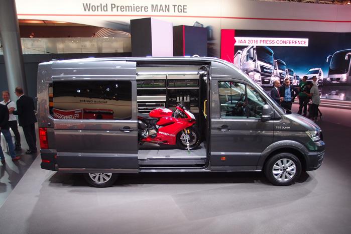 Sådan vil MAN gerne vise TGE frem. Som et mobilt værksted med alle mulighederne og deres lastbilorganisations servicemuligheder i ryggen
