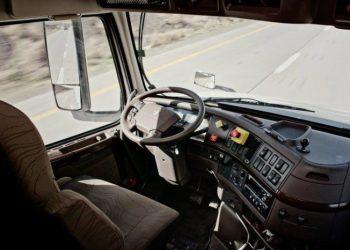 For 200.000 kr. kan Otto få en almindelig lastbil til at køre selv.