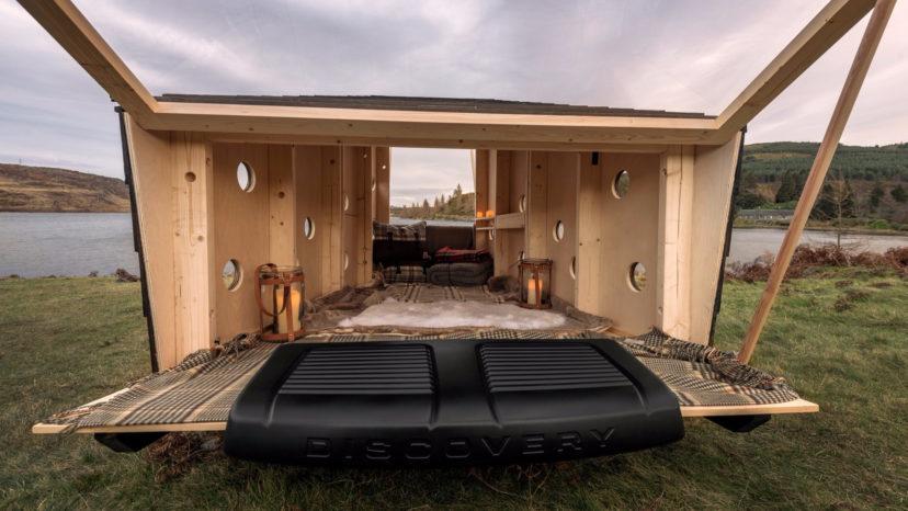 Det ser da hyggeligt ud. Dansk designet, og passer lige præcis i bagagerummet af en Land Rover Discovery Sport.