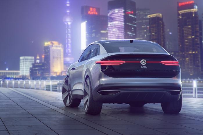 Man genkender designelementer og signatur fra andre VW'er, men en firehjulstrækker med 300 hk og 500 km rækkevidde er meget nyt