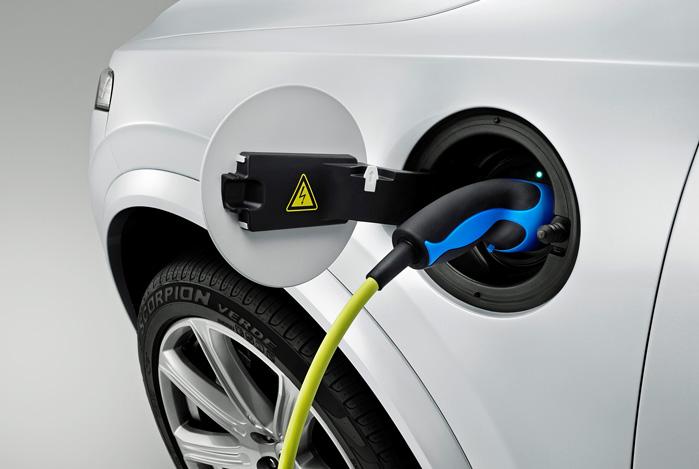 Volvo har masser af erfaring med plugin-hybrider, opladning og batterier, men rene elbiler er nyt land for svensken