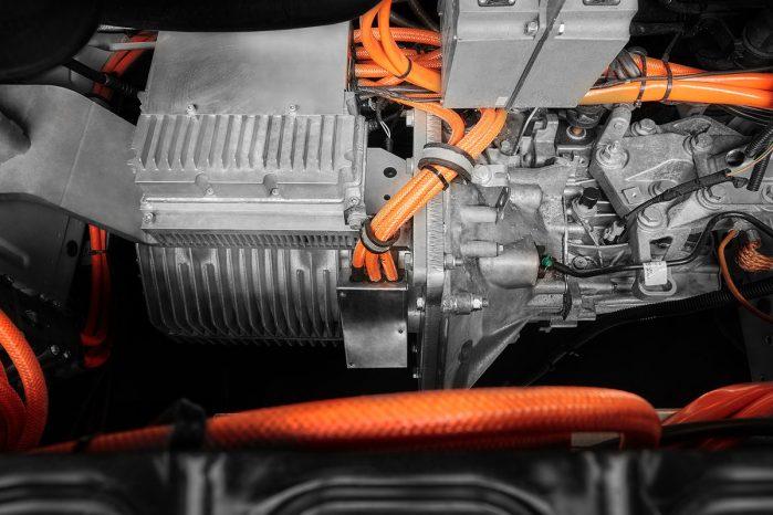 Emovum hævder, at elmotoren på 60 kW (81 HK) kan holde til op mod 1 million kilometers kørsel