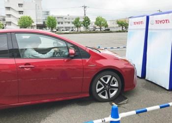 Der er fire gange så stor risiko for at påkøre nogen bagfra, hvis man ikke har automatisk nødbremse i sin bil