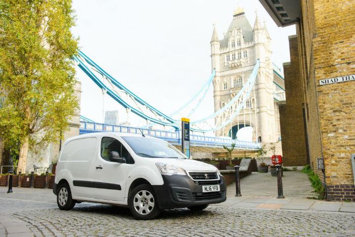 CataClean har testet sit additiv-produkt på  Peugeot Partner HDI årgang 2016 under arbejdskørsel i og omkring London