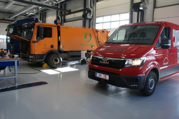 MAN TGE omfattes af samme døgnservice, som gælder for MAN's lastbiler, og man kan få sin bil serviceret uden tidsbestilling
